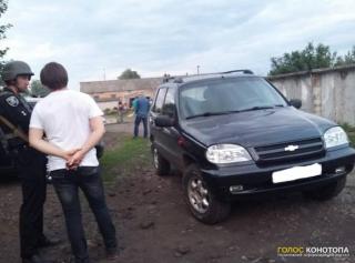 В центре Конотопа пьяный депутат открыл стрельбу по людям