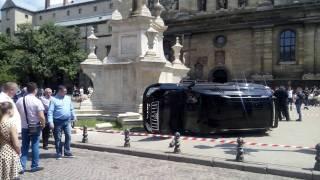 Водитель, сбивший женщину возле церкви во Львове, оказался бывшим гаишником. Свое авто он купил буквально на днях