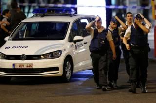 На центральном ж/д вокзале Брюсселя смертник устроил взрыв. Но что-то у него пошло не по плану