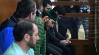 «Это политическое убийство, ФСБ-шное убийство»: обвиняемые в убийстве Немцова выступили с последним словом