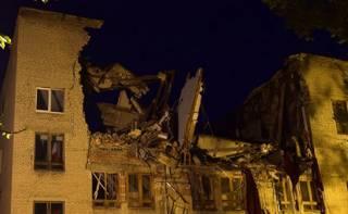 В Донецке обрушилось здание университета торговли. Боевики попытались все спихнуть на Украину