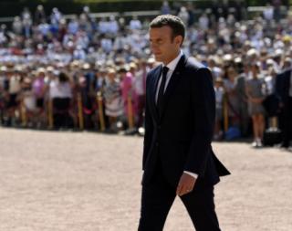Во Франции удалось предотвратить покушение на Макрона