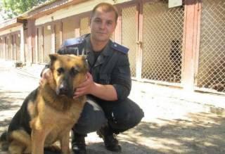 Виктор Свитуха: Каждый месяц одна из наших собак едет в зону АТО