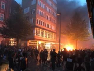 #Темадня: Соцсети и эксперты отреагировали на беспорядки в Гамбурге во время G20