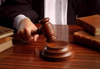 Столичные судьи массово приватизируют и продают служебное жилье