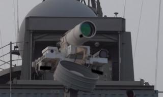 США провели первое в мире испытание лазерного оружия