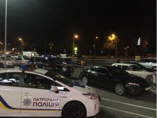 В Киеве возле ТЦ «Проспект» из автомата расстреляли человека