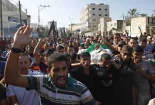 В Иерусалиме вспыхнули беспорядки после того, как власти Израиля запретили мусульманам старше 50 лет посещать главную мечеть города