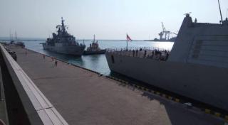 В Одессу прибыли военные корабли НАТО