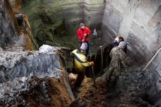 Уникальные артефакты, найденные под историческим центром Киева, становятся жертвами очередного торгового центра