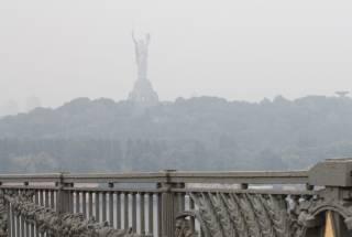 В условиях сильной жары уровень загрязнения воздуха в Киеве местами превышает норму в 5 раз