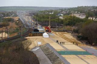 Российские СМИ рапортуют об окончании строительства железной дороги в объезд Украины