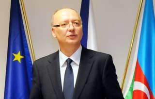 Посол Чехии: Мы открываем возможность поставок военной техники в Украину