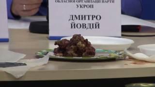 «Эту тушенку даже собаки есть отказались»: волонтеры и военнослужащие пожаловались на питание в ВСУ