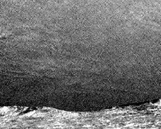 Curiosity сфотографировал перистые облака над Марсом. Такие же как на Земле