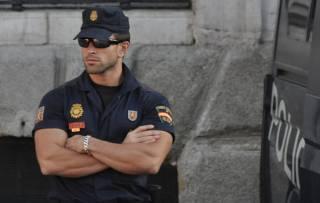 Полиция задержала троих подозреваемых в совершении теракта в Барселоне. Один из них утверждает, что у него украли документы