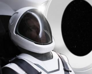 Илон Маск показал действующую модель своего первого скафандра