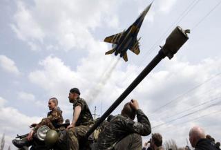 Количество бойцов АТО, получающих «военную тысячу», сократили втрое