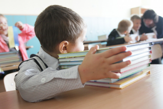 В столичных школах катастрофически не хватает учебников