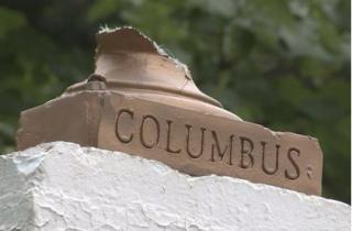 В США снесли памятник Колумбу