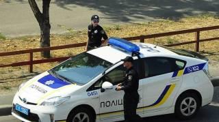 В Ивано-Франковске пьяный водитель на бешеной скорости пытался скрыться от полиции и чуть не сгорел в машине