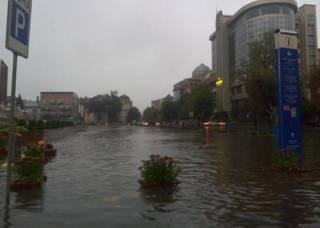 Часть Ивано-Франковска после грозы ушла под воду