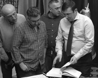 Генпрокурор объявляет охоту на министров. Послевкусие от встречи с Юрием Луценко