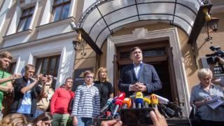 Во львовскую гостинцу, в которой проживает Саакашвили, нагрянули пограничники и полиция