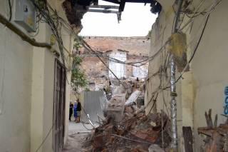 В Одессе из-за незаконной застройки обрушилась стена здания департамента финансов мэрии