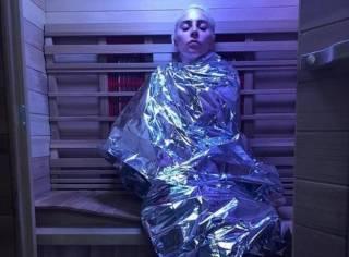 Леди Гага рассказала о своей жизни с редкой неизлечимой болезнью