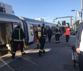 В лондонском метро прогремел взрыв. Есть пострадавшие