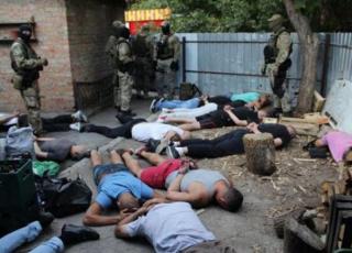В Кропивницком полиция «накрыла» сходку криминальных авторитетов. Задержаны 27 человек