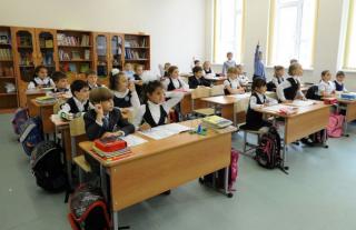 Столичные власти решили, что политическая агитация в школах – это нормально