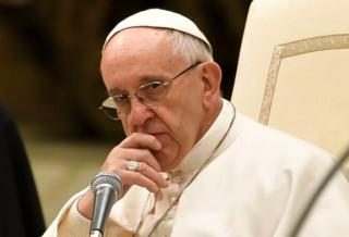 Папа римский признал, что Церковь слишком долго закрывала глаза на проблему педофилии среди священников