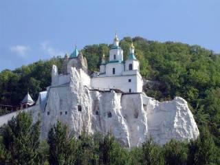 23-24 сентября в Святогорской Лавре отпразднуют 25-летие возобновление святой обители