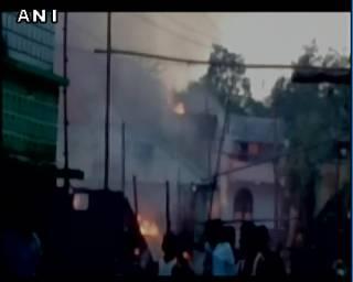 В Индии горит завод фейерверков. Есть жертвы