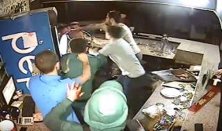 В николаевском ночном клубе толпа «озверевших» подростков набросилась на атошника. Полиция советует ему не писать заявление