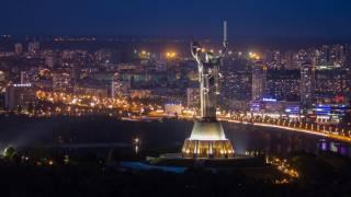 Киевляне заявляют о непонятных ночных взрывах в столице. Спасатели не знают, что это было