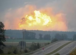 #Темадня: Соцсети и эксперты отреагировали на взрывы под Винницей