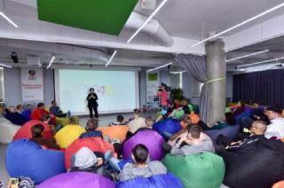 Блогеры Украины призвали инициировать импичмент Порошенко для защиты свободы слова