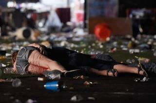 Неизвестный открыл стрельбу на музыкальном фестивале в Вегасе. Погибли 2 человека, более 20 — ранены