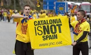 #Темадня: Соцсети и эксперты отреагировали на референдум в Каталонии