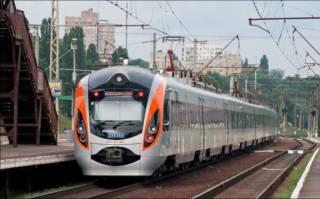 На Житомирщине полиция сняла с поезда 30 дебоширов, ехавших из Перемышля в Киев
