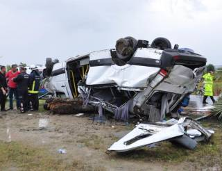 Возле Анталии разбился автобус с туристами. Есть жертвы