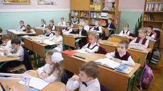 В Минобразования обещают разработать специальный учебный план для школ нацменьшинств