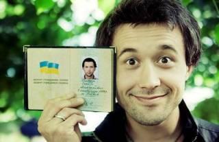 После двух сорванных концертов Сергей Бабкин вынужден был признать правительство РФ агрессором, а Крым – украинским