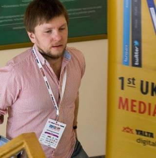 Беларусь сложно поднять на социальные протесты, – Александр Колтунов