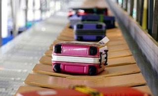 Ryanair разрешили провозить на борту электронные сигареты