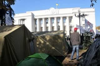 Под Радой решили поставить сразу два палаточных городка: гражданский и военный