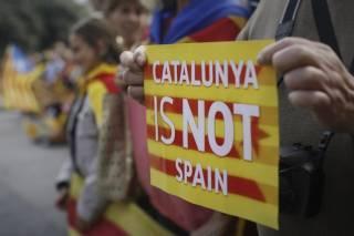 Власти Каталонии перенесли объявление о независимости от Испании на четверг
